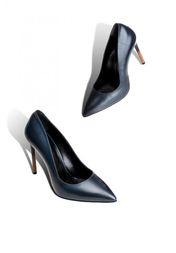 Туфли кожаные женские Fidelitti