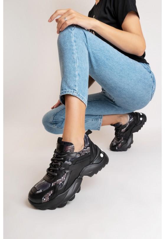 Кроссовки кожаные женские